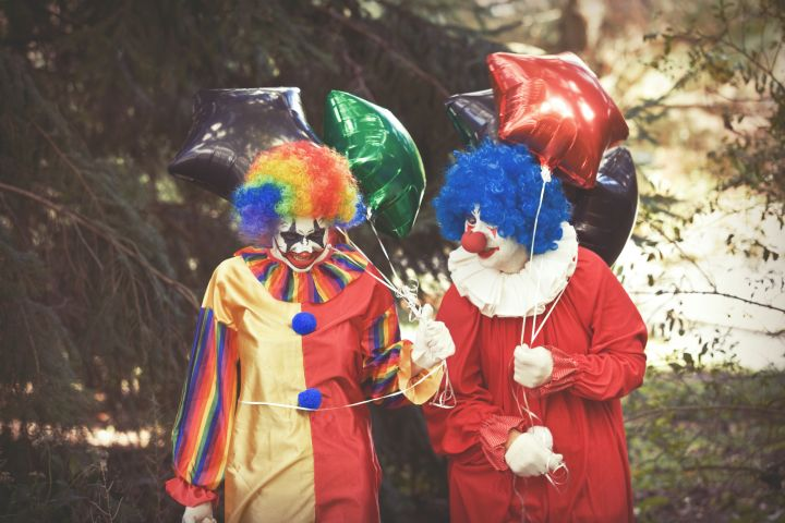 Creepy Clowns Sceaming