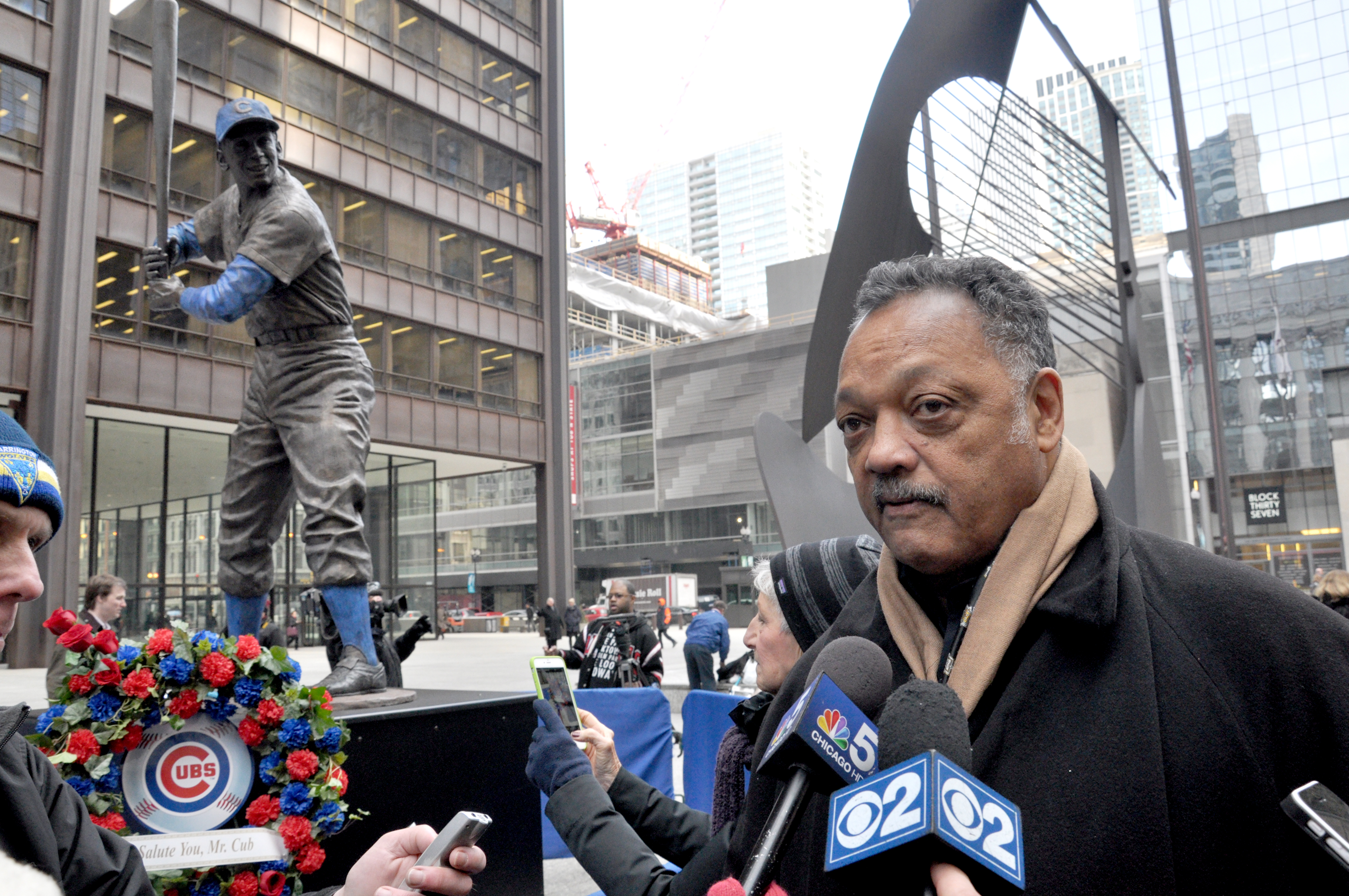 Ernie Banks statue stand at Chicago's Daley Plaza through Saturday, January 31, 2015